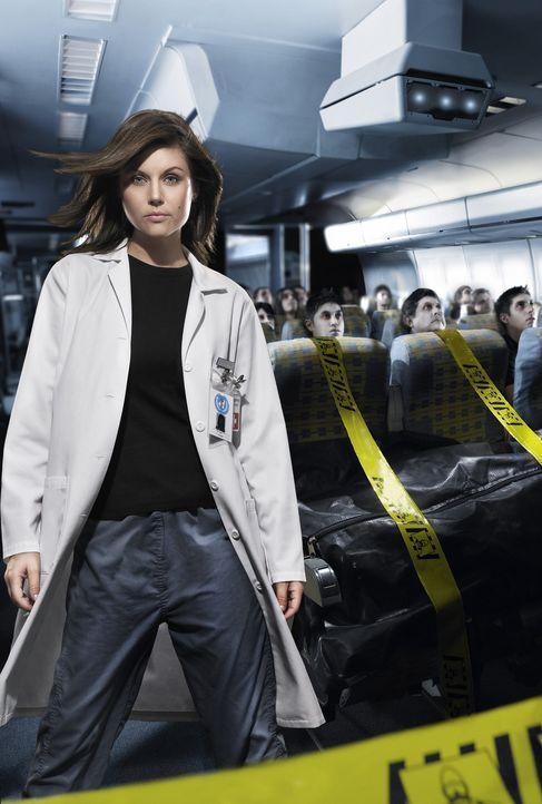 Die Leiterin der Seuchenkontrolle, Kayla Martin (Tiffani Thiessen), befürchtet zunächst einen neuen Fall der Vogelgrippe. Doch dann kommt ihr ein sc... - Bildquelle: Die Gouverneurin von Kalifornien (Faye Dunaway) versucht alles, um die Epidemie aufzuhalten ...
