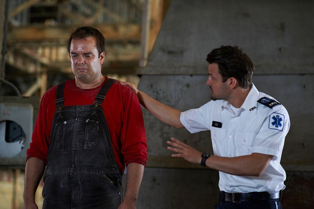 Noch ahnt Luke (Tyler Hynes, r.) nicht, was Craig (Jameson Kraemer, l.) plant ... - Bildquelle: 2012  Hope Zee One Inc.