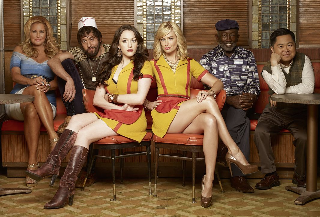 2-Broke-Girls-Staffel-4-allgemeine-Bilder-Darsteller-Portrait - Bildquelle: Warner Bros. Entertainment, Inc. 2014