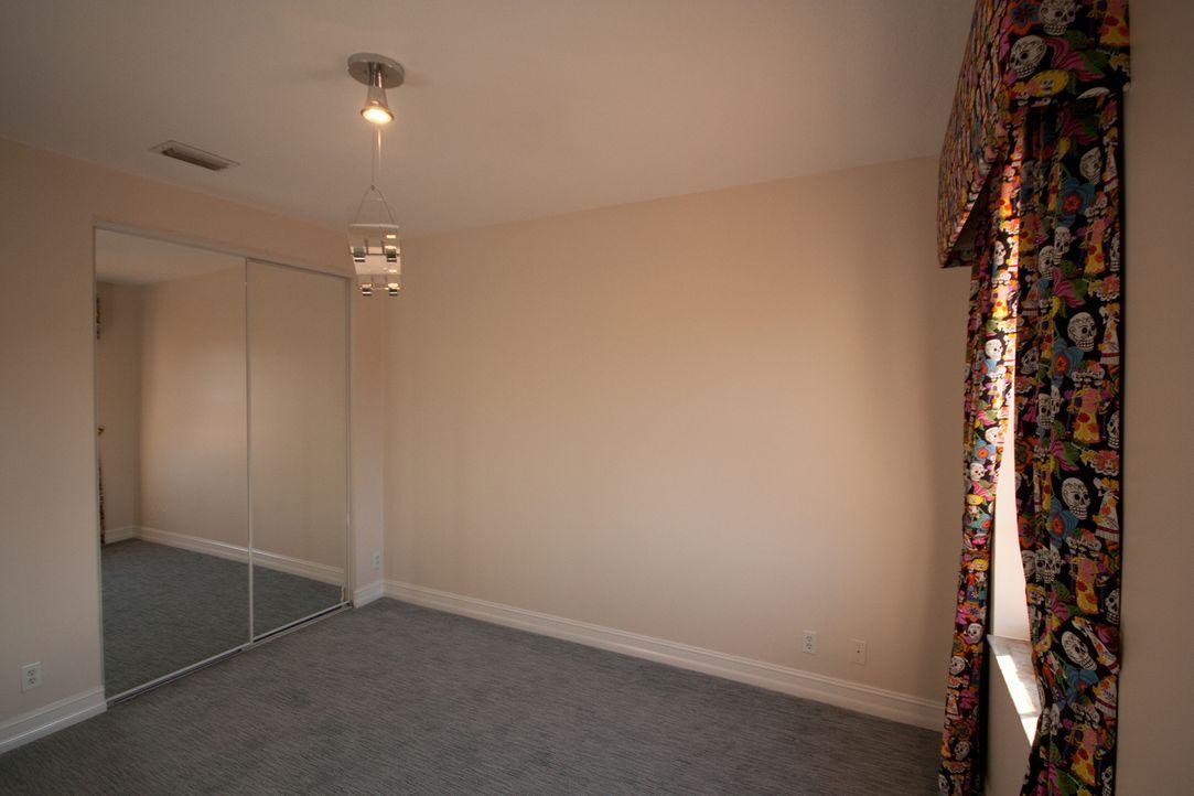 Vanilla Ice bekommt bei der Gestaltung der Schlafzimmer Unterstützung seiner Töchter. Sie haben Geschmack und sollen eine etwas andere Note in den B... - Bildquelle: 2012, DIY Network/Scripps Networks, LLC.  All Rights Reserved