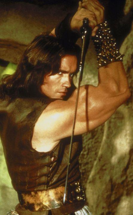Mit allen Mitteln versucht Conan (Arnold Schwarzenegger), seinen Erzfeind Thulsa Doom, den Hohepriester des Schlangenkultes, zu besiegen ... - Bildquelle: Universal Pictures