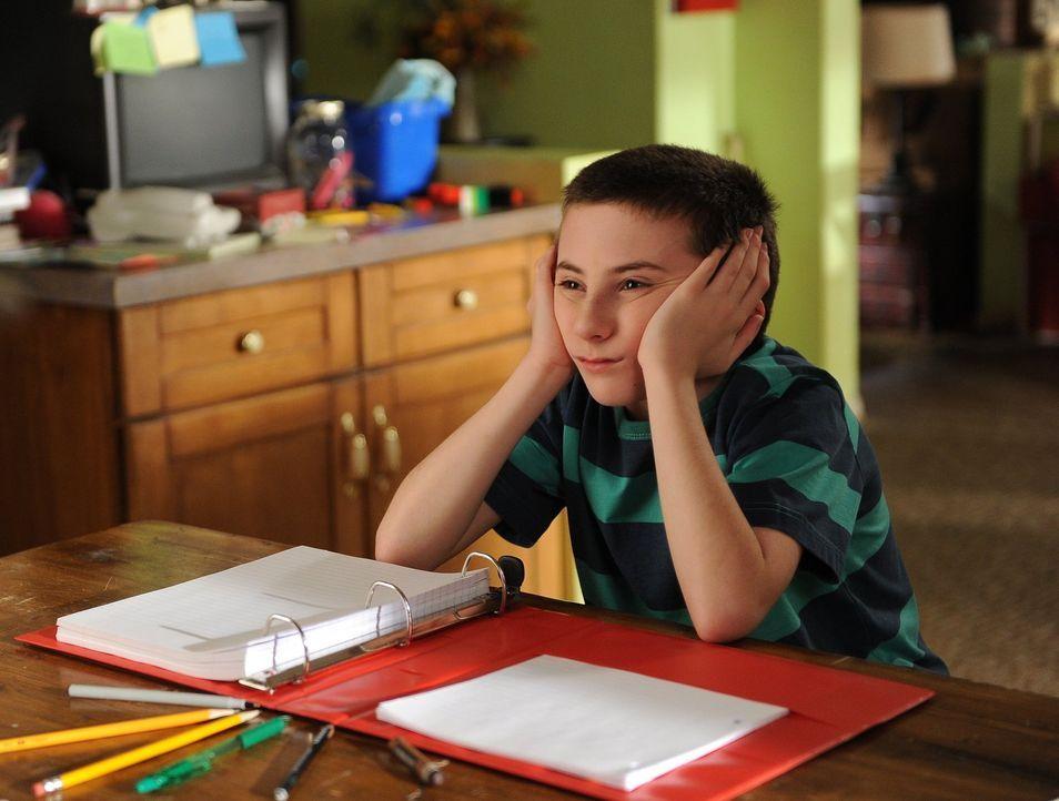 Was hat er das ganze Schuljahr über gemacht? Brick (Atticus Shaffer) sollte darüber eigentlich Tagebuch führen ... - Bildquelle: Warner Brothers