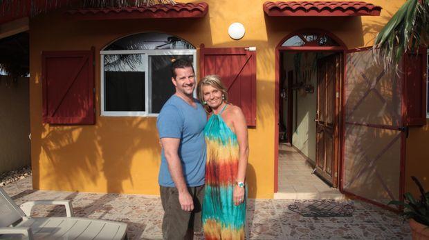 Seit elf Jahren machen Todd (l.) und Ashley (r.) Urlaub auf der kleinen Insel...