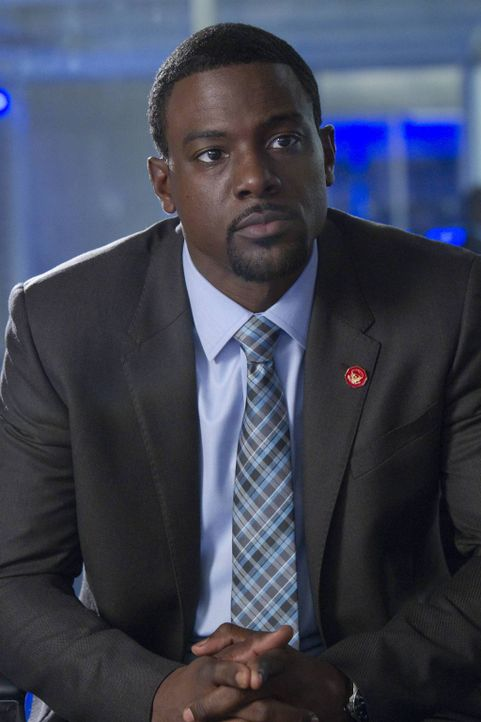Um weiter in dem Fall voranzukommen, schrecken FBI-Agentin Susie Dunn und Secret Service-Agent Marcus Finley (Lance Gross) vor nichts zurück ... - Bildquelle: 2013-2014 NBC Universal Media, LLC. All rights reserved.