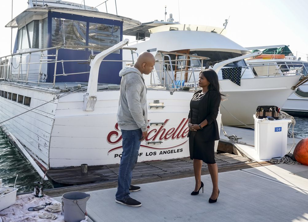 (v.l.n.r.) Sam Hanna (LL Cool J); Assistant Director Shay Mosley (Nia Long) - Bildquelle: Sonja Flemming 2018 CBS Bradcasting, Inc. All Rights Reserved./ Sonja Flemming