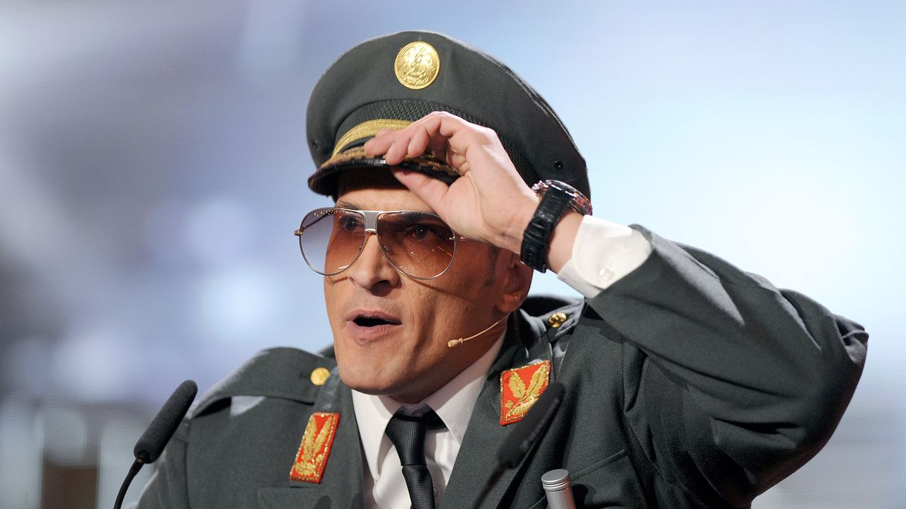 mirco-nontschew-10-10-14-comedy-dpa - Bildquelle: dpa
