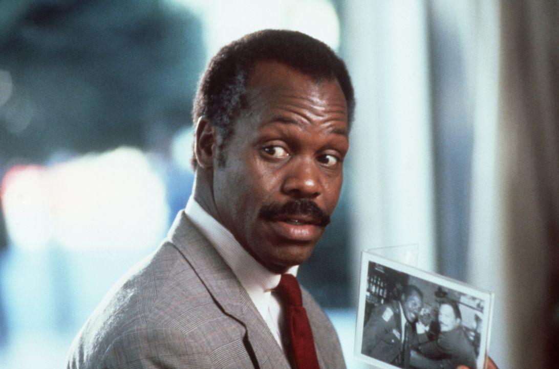 Roger Murtaugh (Danny Glover) ist ein sehr besonnener Cop. Doch irgendwie scheint es sein hitzköpfiger Partner Martin darauf anzulegen, sein Leben i... - Bildquelle: Warner Bros.