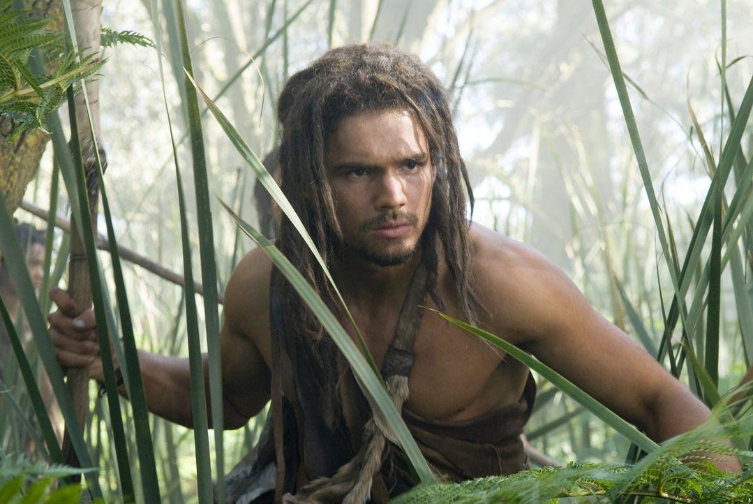 D'Leh (Steven Strait) muss es mit gigantischen Tieren und brutalen Sklavenhändlern aufnehmen, um seine große Liebe befreien zu können ... - Bildquelle: Warner Brothers