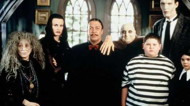 Ein Familientreffen der besonderen Art (v.l.n.r.): Granny (Alice Ghostley), M...