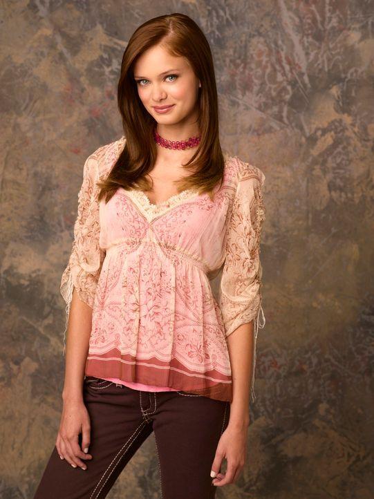 Gegen den Willen ihrer Mutter schreibt sich Marnie Piper (Sara Paxton) in das College in Halloweentown ein. Sie will dort endlich ihre Fähigkeiten a... - Bildquelle: Disney - ABC - ESPN Television