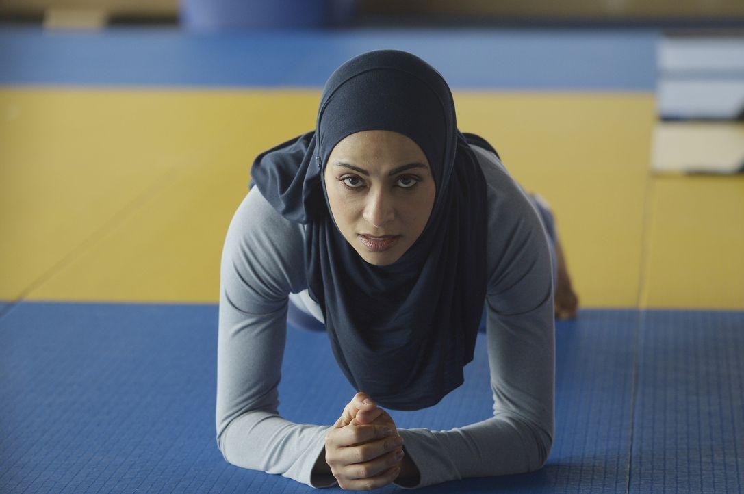 Raina (Yasmine Al Massri) und ihre Kollegen müssen neue Aufgaben bewältigen ... - Bildquelle: Philippe Bosse 2015 ABC Studios