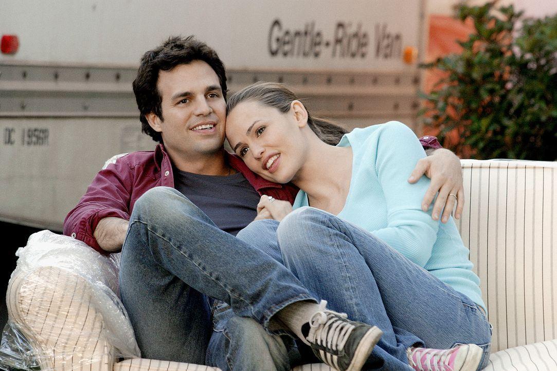 Gelingt es Jenna (Jennifer Garner, l.) 17 Jahre später Matts (Mark Ruffalo, r.) Liebe zurückzugewinnen ... - Bildquelle: Sony Pictures Television International. All Rights Reserved.