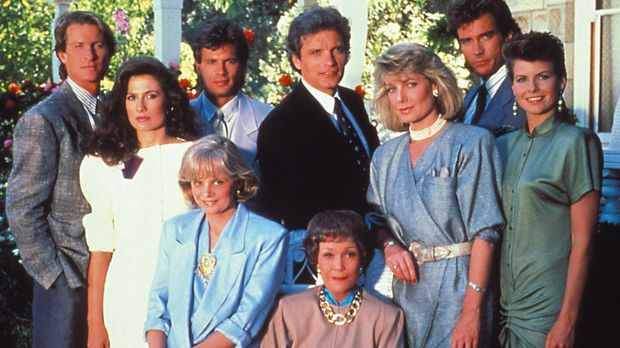 "Die Familien-Saga kehrt zurück - ""Falcon Crest"" ab dem 1. Januar 20..."