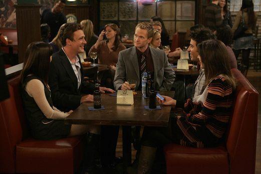 How I Met Your Mother - Wollen gemeinsam Thanksgiving feiern: Robin (Cobie Sm...