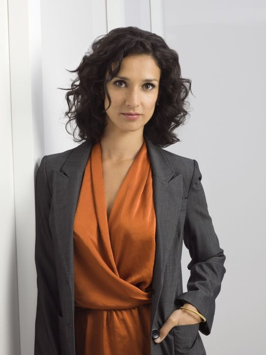 (2. Staffel) - Milliardärin Ilsa Pucci (Indira Varma) wurde von Chance vor den Mördern ihres Mannes beschützt. Aus Dankbarkeit bietet sie an, das Te... - Bildquelle: Warner Bros. Television