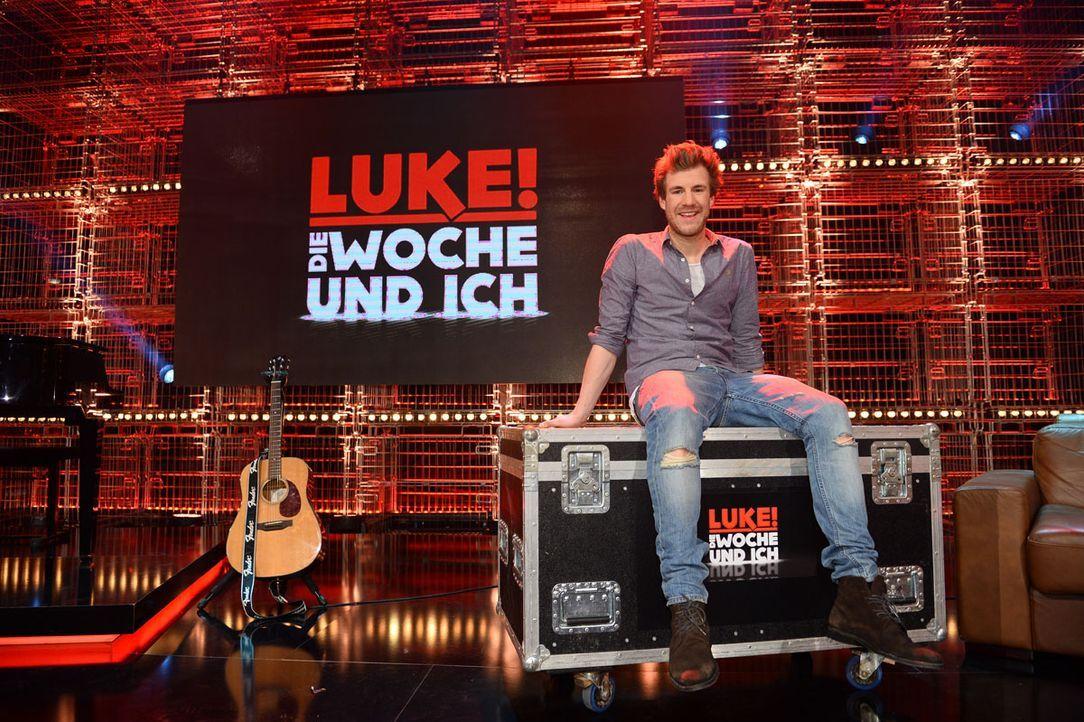 Luke-DWuI_Sdg01_Luke_Buehne2