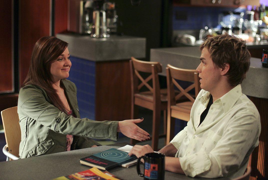 Kann aus Liebe Freundschaft werden? Declan (Chris Olivero, r.) und Lori (April Matson, l.) wollen es zumindest versuchen ... - Bildquelle: TOUCHSTONE TELEVISION