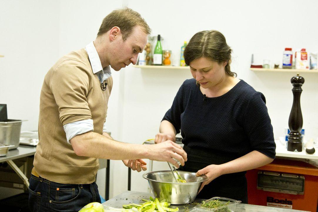 """Geben alles, um mit ihrer Idee das begehrte Startkapital zu ergattern: Sidney und Leila Kristiansen von """"Comptoir du Cidre"""" ... - Bildquelle: kabel eins"""