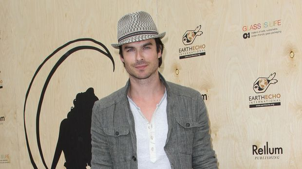 ian somerhalder dating lost co star Pulse -ian somerhalder(l) marisa  lost - ian somerhalder (boone)  nina dobrev addresses rumors she's dating co-star ian somerhalder - duration:.