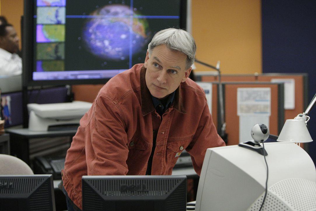 Ein hochentwickeltes Radargerät wurde gestohlen. Gibbs (Mark Harmon) und sein Team versuchen alles, um den Dieb zu finden ... - Bildquelle: CBS Television