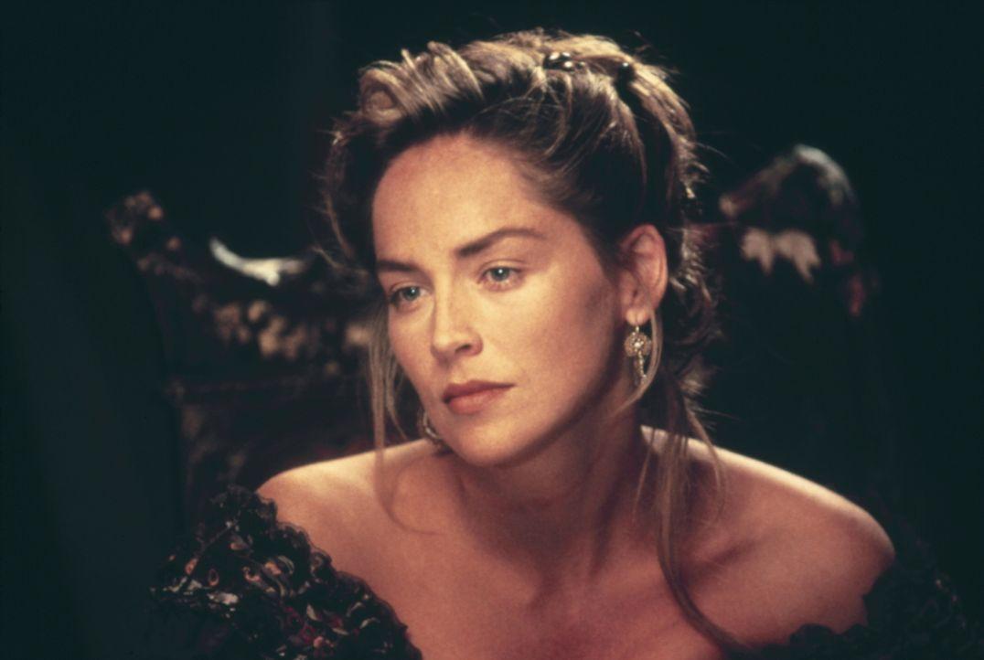 Die schöne und überaus mutige Ellen (Sharon Stone) ist in ihre Heimat zurückgekehrt. Sie will den Mord an ihrem Vater rächen. Nun muss sie sich in e... - Bildquelle: Columbia TriStar Film