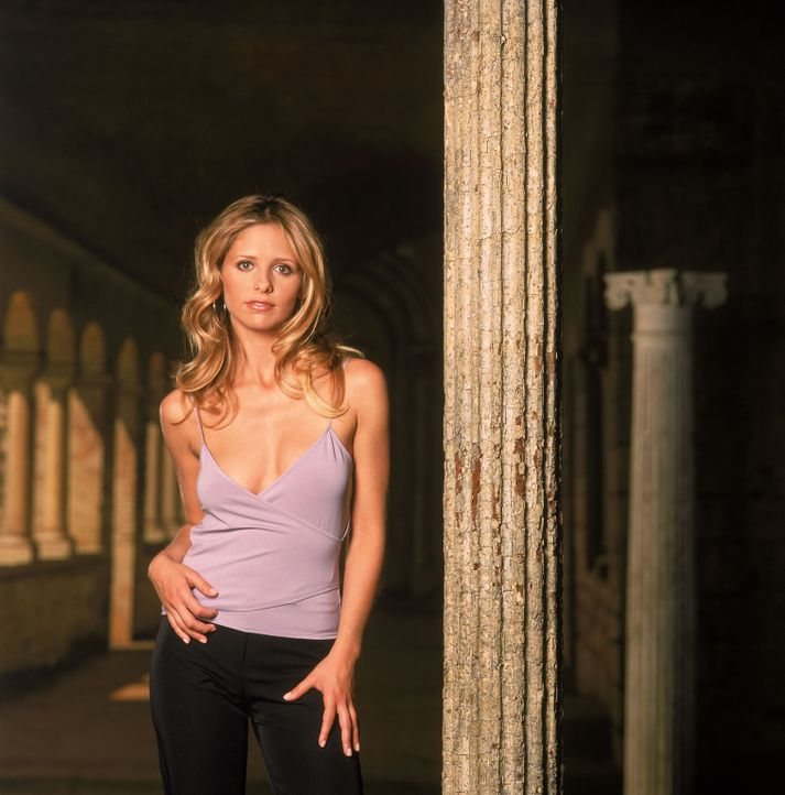 (5. Staffel) - Buffy (Sarah Michelle Gellar) ist die Auserwählte: Sie allein muss sich den Vampiren, Dämonen und den Mächten der Finsternis stellen... - Bildquelle: 2000-2001 Twentieth Century Fox Film Corporation. All rights reserved.