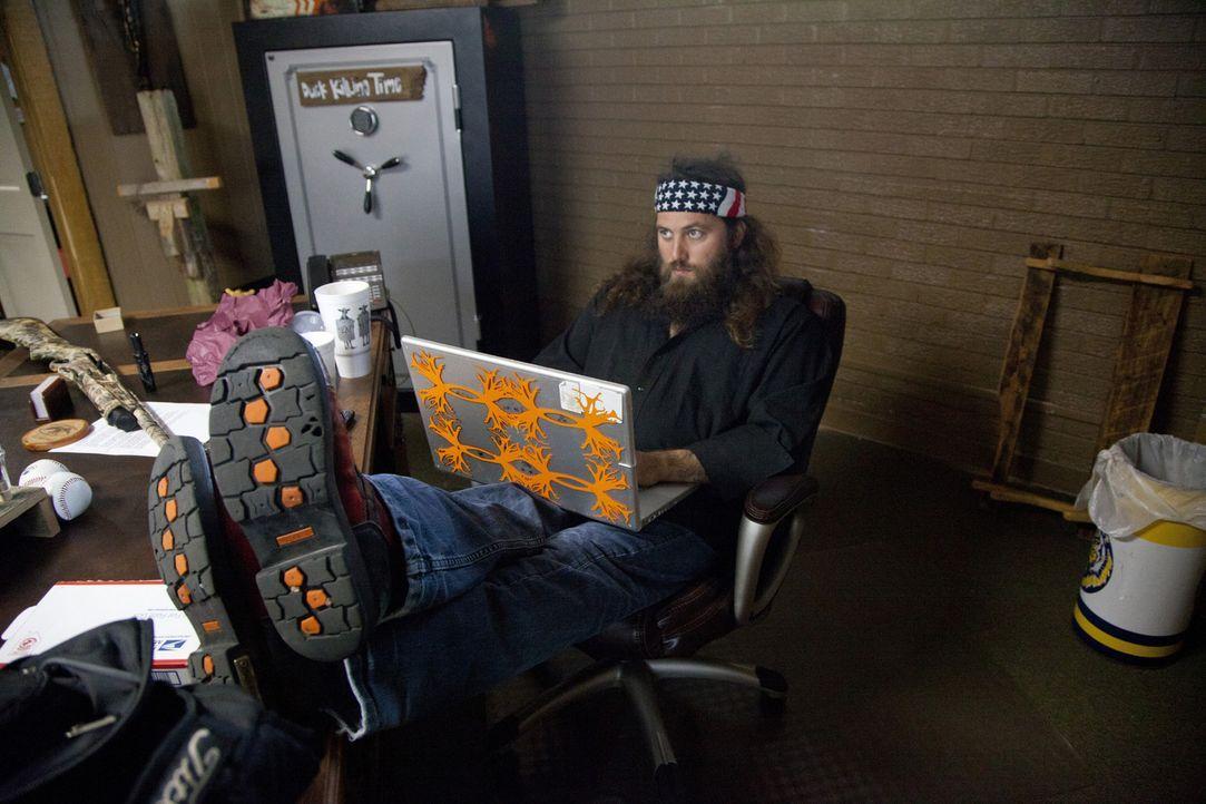 Die Idee von seinem Bruder, eine Halle zu bauen, in der die Geschwister die Produkte von Duck Commander testen können, stößt bei Geschäftsführe... - Bildquelle: Zach Dilgard 2012 A+E Networks