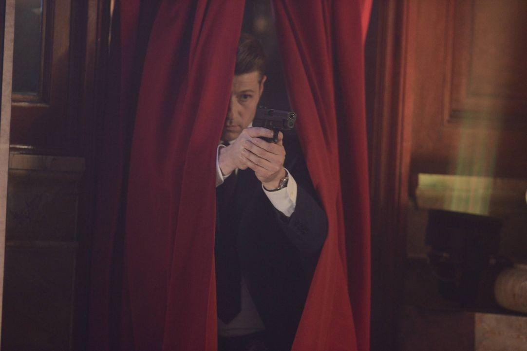Auf der Jagd nach Jerome: Jim Gordon (Ben McKenzie) ... - Bildquelle: Warner Brothers