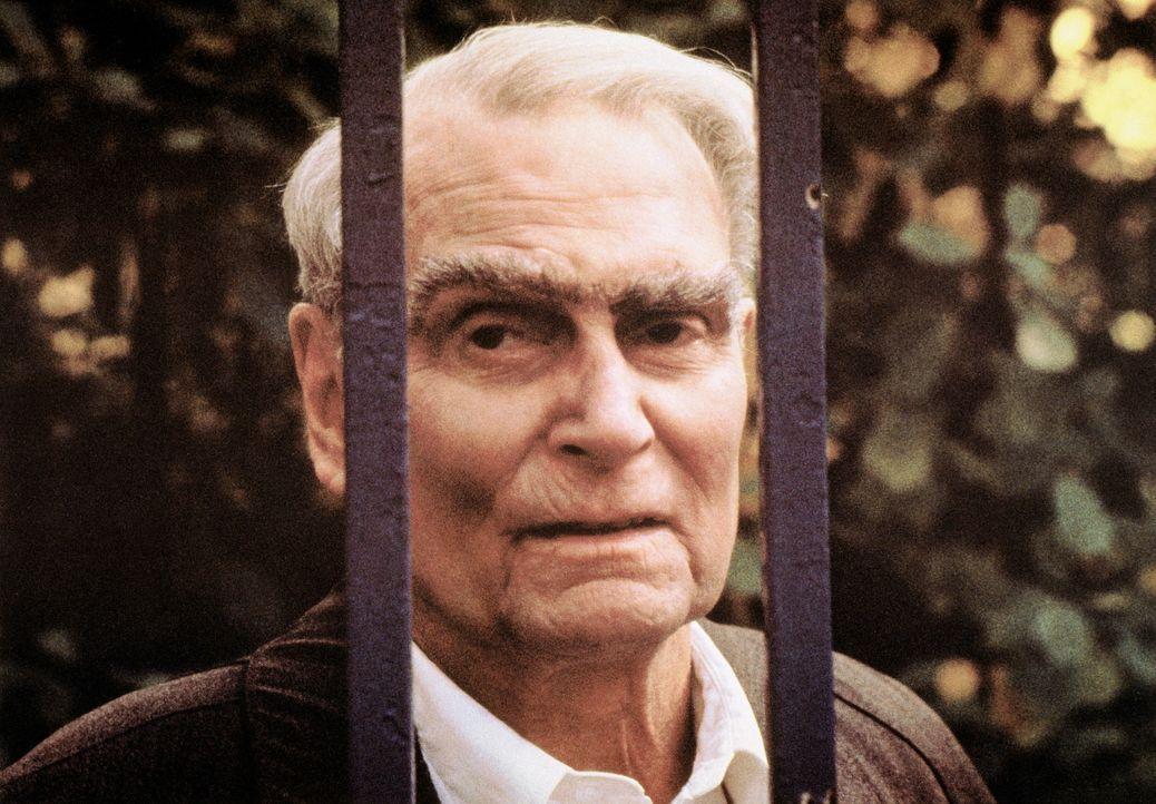 Es soll das Medienereignis des Jahres werden: Der Medienmogul McCann will Rudolf Hess (Sir Laurence Olivier) aus dem Kriegsverbrechergefängnis Span... - Bildquelle: Universal Pictures