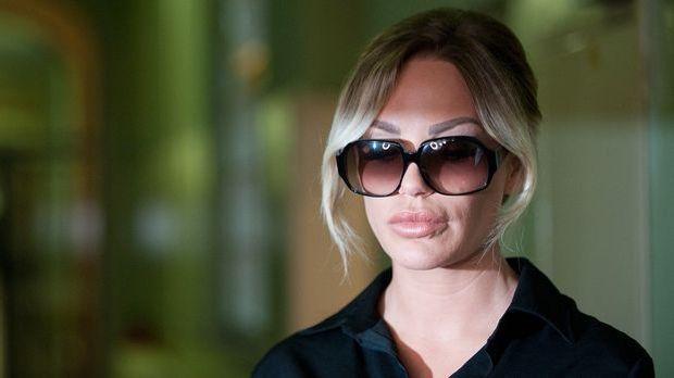 Während des Sex-Prozesses von Gina-Lisa Lohfink kommt es im Amtsgericht zum E...