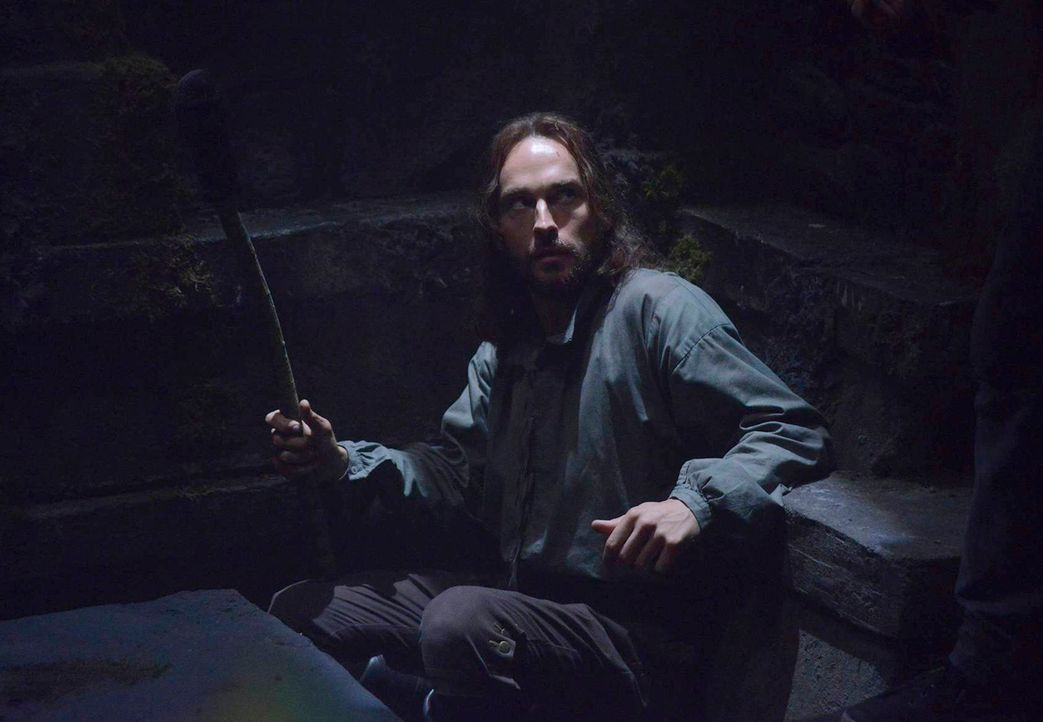 In einer Vision erteilt Katrina Ichabod (Tom Mison) den Auftrag, die Auferstehung einer bösen Hexe zu verhindern ... - Bildquelle: 2013 Twentieth Century Fox Film Corporation. All rights reserved.