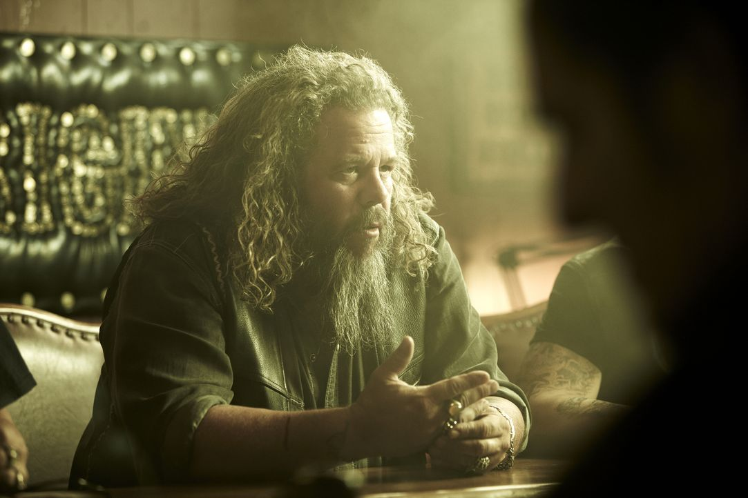 (4. Staffel) - Wird Robert (Mark Boone Junior)eine neue Rolle im Club bekommen? - Bildquelle: 2011 Twentieth Century Fox Film Corporation and Bluebush Productions, LLC. All rights reserved.