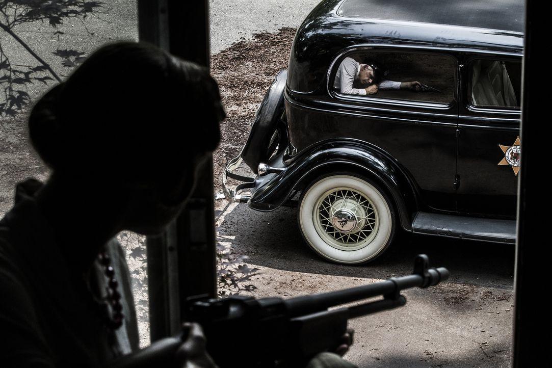 Bonnie und Clyde gelten als Legenden der amerikanischen Kriminalgeschichte während der Weltwirtschaftskrise. Neben zahlreichen Überfällen und Diebst... - Bildquelle: 2015 REELZCHANNEL, LLC.  All Rights Reserved.
