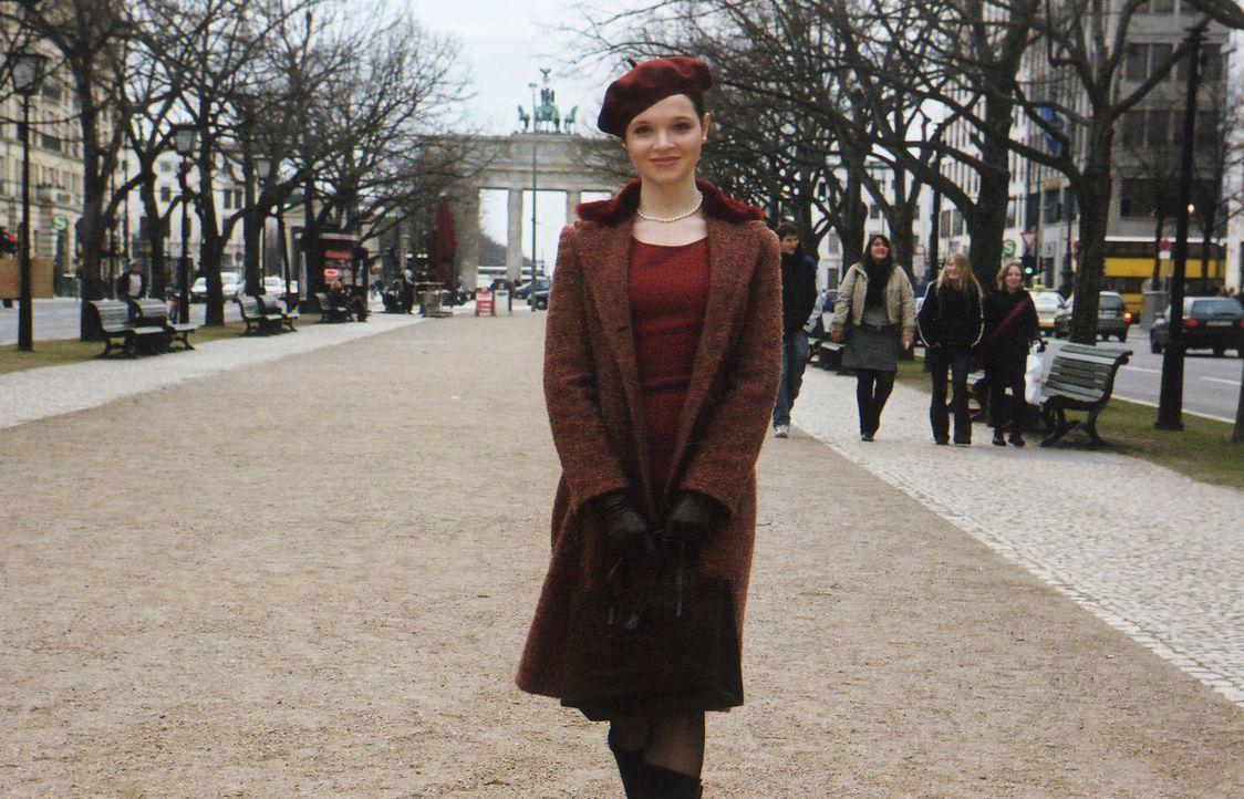 """An ihrem 18.Geburtstag bricht Prinzessin Sophia (Karoline Herfurth) aus ihrem """"goldenen Käfig"""" aus, um das wirkliche Leben kennen zu lernen. Da trif... - Bildquelle: Volker Roloff ProSieben"""