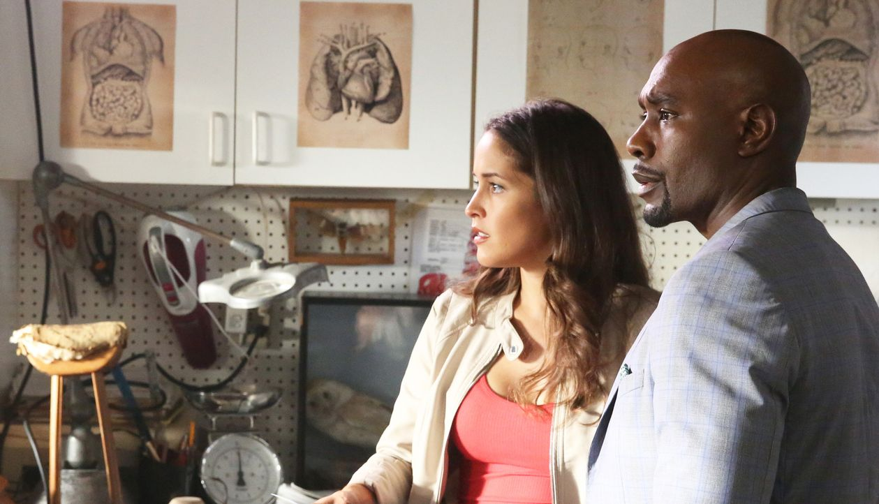 Müssen einem perversen Serienkiller das Handwerk legen: Rosewood (Morris Chestnut, r.) und Villa (Jaina Lee Ortiz, l.) ... - Bildquelle: 2015-2016 Fox and its related entities.  All rights reserved.