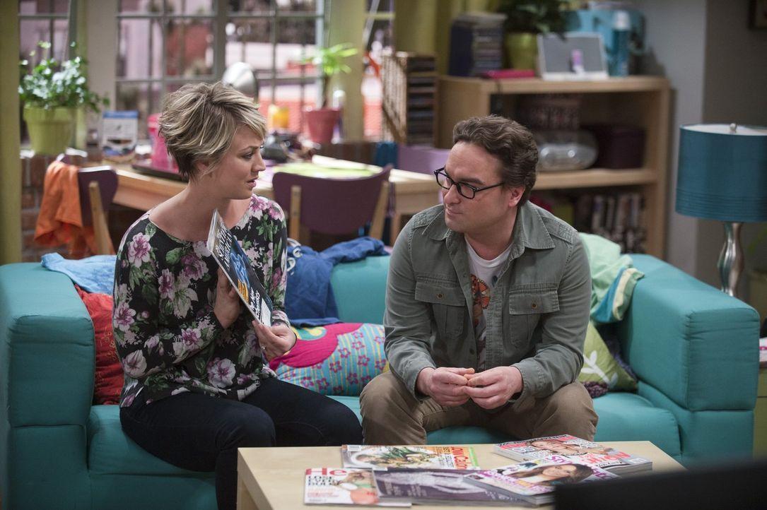 Leonard (Johnny Galecki, r.) kann es nicht fassen. Ein Magazin hat einen Artikel über die Arbeit von ihm und Sheldon veröffentlicht, ohne seinen Nam... - Bildquelle: Warner Bros. Television