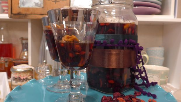 Rumtopf mit Früchten: Die DIY-Anleitung aus Handmade mit Enie
