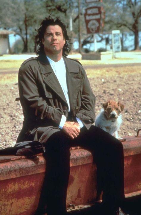 Auf der abenteuerlichen Reise nach Chicago sorgt Michael (John Travolta) immer wieder für Aufregung ... - Bildquelle: Warner Brothers