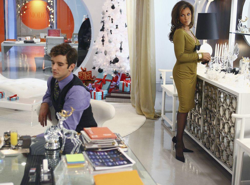 Bei Marc (Michael Urie, l.) und Wilhelmina (Vanessa Williams, r.) ist dicke Luft, da Marc sein Wissen um Wilhelminas heimliche Telefonfreundin auszu... - Bildquelle: Buena Vista International Television