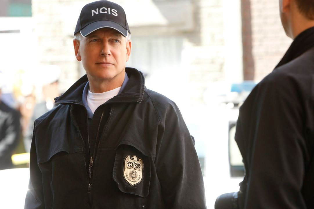 Ermittelt in einem neuen Fall: Gibbs (Mark Harmon) ... - Bildquelle: 2012 CBS Broadcasting Inc. All Rights Reserved.
