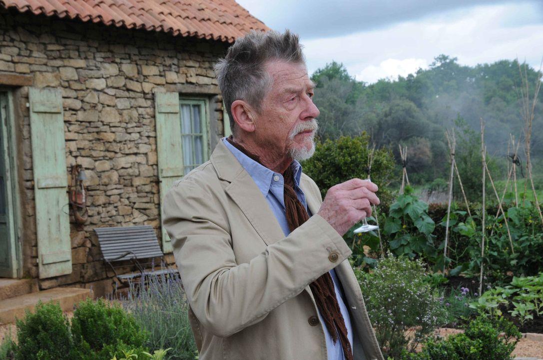 Hat sein Leben dem Schutz des Grals geopfert: Audric Baillard (John Hurt) ... - Bildquelle: SAT.1/2011 Tandem Productions GmbH & Film Afrika Worldwide (Pty) Limited South Africa. All Rights Reserved.