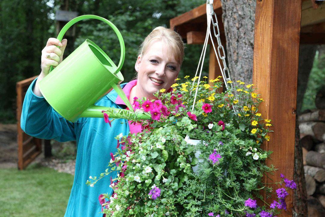 """Die Frau mit dem """"Grünen Daumen"""": Moderatorin Andrea Göpel - Bildquelle: SAT.1"""