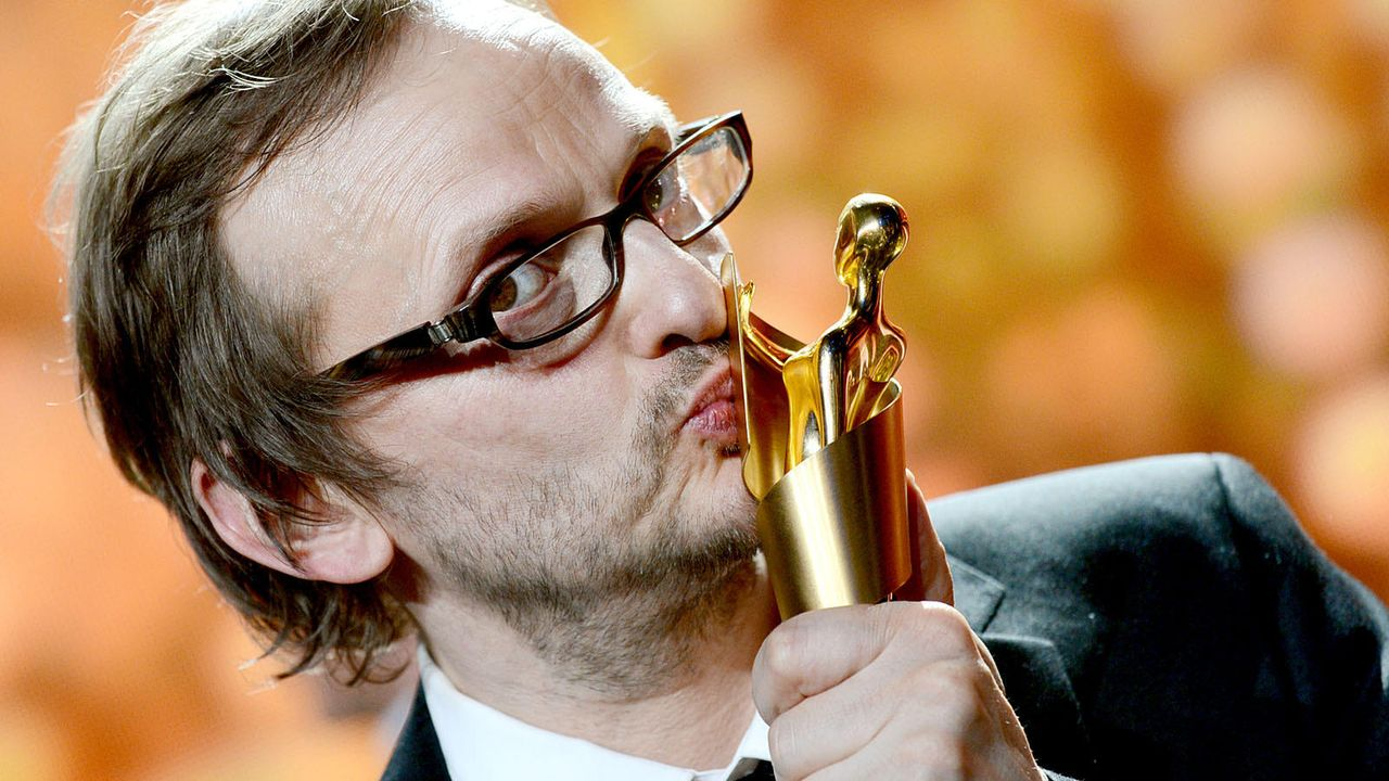 deutscher-filmpreis-12-04-27-milan-peschel-01-dpajpg 1600 x 900 - Bildquelle: dpa