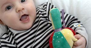 Streifen können Sie in Sachen Babymode wenig falsch machen.