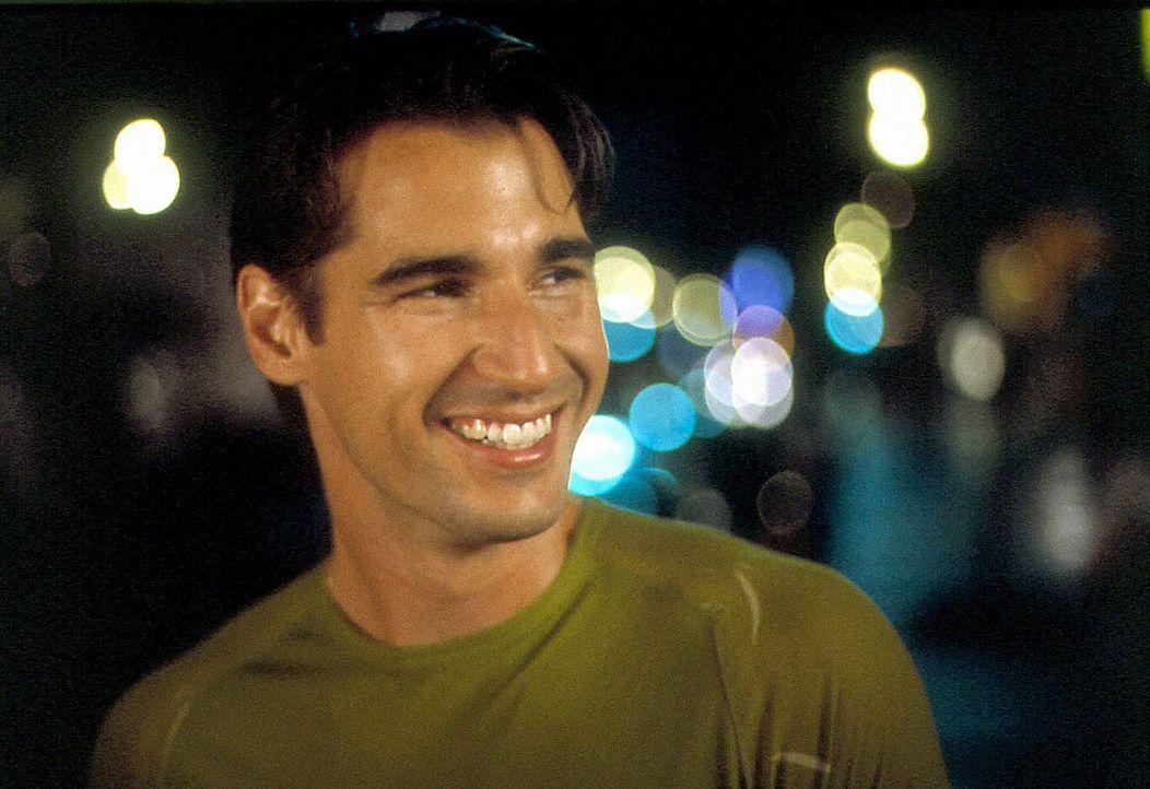 Nino (Peter Miller) teilt mit Angelo nicht nur die Wohnung, sondern auch das Bett ... - Bildquelle: Samuel Goldwyn Films