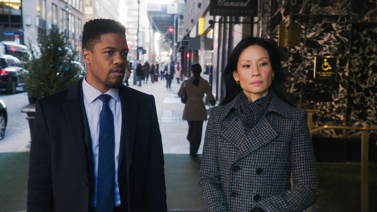 (v.l.n.r.) Detective Marcus Bell (Jon Michael Hill); Dr. Joane Watson (Lucy Liu) - Bildquelle: 2018 CBS Broadcasting, Inc. All Rights Reserved.