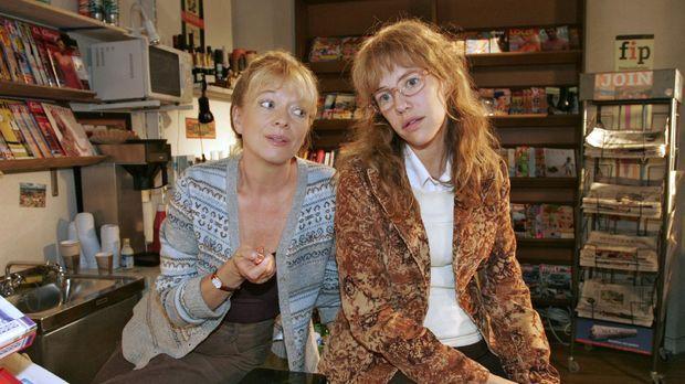 Lisa (Alexandra Neldel, r.) verspricht Helga (Ulrike Mai, l.), dass sie sich...