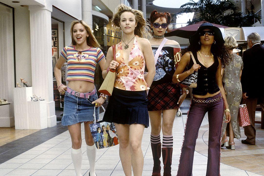 Unterwegs zum Endlos-Shoppen: Jessica (Rachel McAdams, 2.v.l.) und ihre Freundinnen April (Anna Faris, l.), Lulu (Alexandra Holden, 2.v.r.), und Kee... - Bildquelle: Walt Disney Pictures