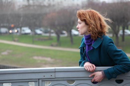 Profiling Paris - Chloé (Odile Vuillemin) taucht für ein Jahr unter, um Matth...
