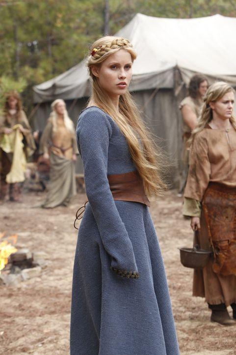 Rückblick in Rebekahs (Claire Holt) Vergangenheit ... - Bildquelle: Warner Bros. Television